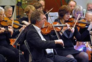 Foto van eerste violisten van het ASO.